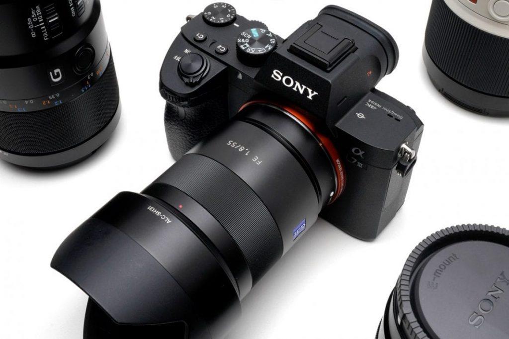Sony 55mm f1.8 lens on Sony a7riii