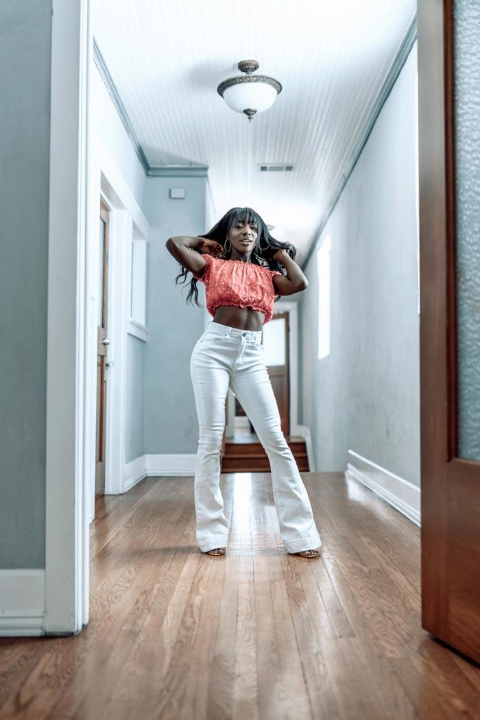 Sony Portrait Photography Mackenzie flexing