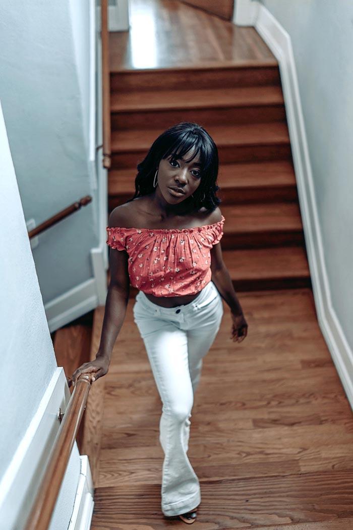 Sony Portrait Photography Mackenzie downstairs
